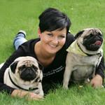 Stephenie Egeriis fra Hjælp til de hjemlæses hunde i Danmark