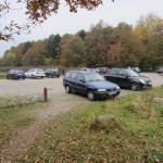 Der er parkeringsmuligheder ved Vestskoven Oxbjerget Hundeskov